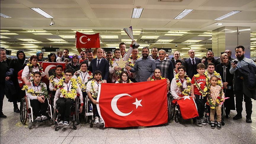 Tekerlekli Sandalye Basketbol milli takımı altın maldalya ile döndü