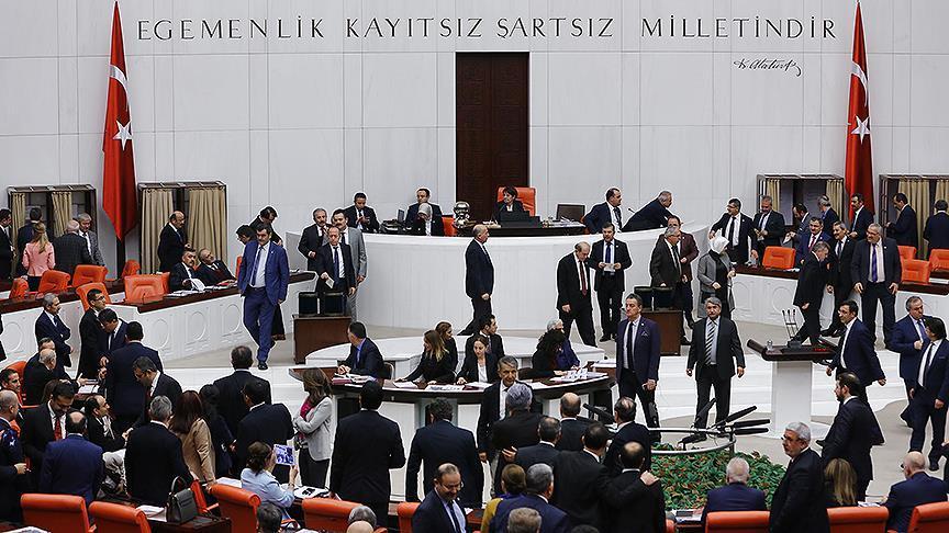 Anayasa değişirse, vatandaşa devlet kapısı kapanacak