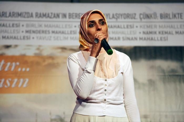 "AKP'li vekil Cumhuriyet için ""100 yıllık pranga"" dedi"
