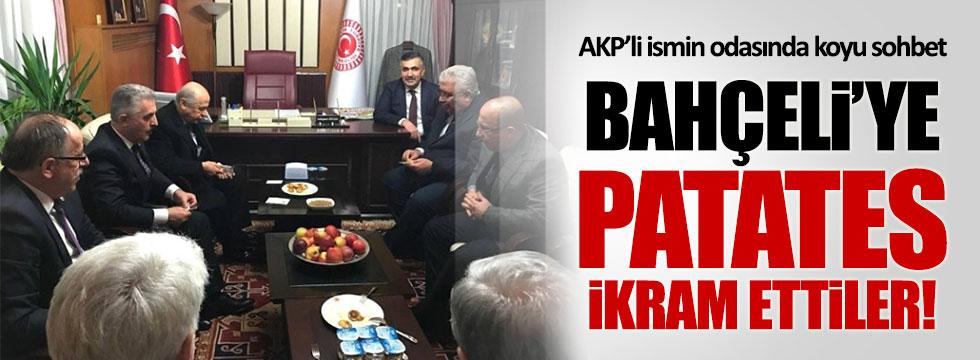 AKP'li vekil, Bahçeli'ye patates ikram etti