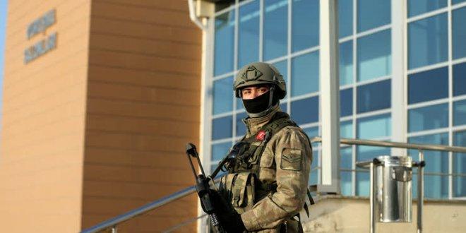 Darbe sanığı askerler El Bab'da görevde