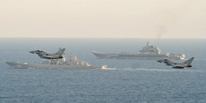 Akdeniz'de tehlikeli yakınlaşma