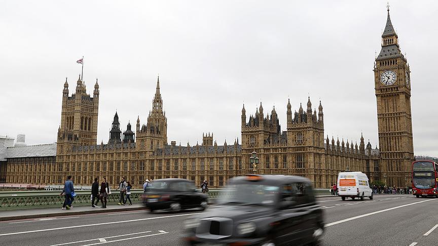 Brexit yasa tasarısı İngiliz parlamentosuna sunuldu