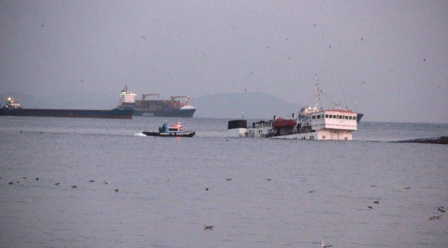 Zeytinburnu'nda gemi batmaya başladı