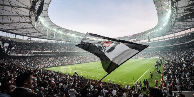 Vodafone Arena dakikalarca o marş ile inledi!