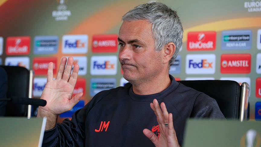 Mourinho Çin'den gelen teklifi geri çevirdi