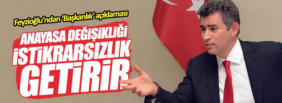 Metin Feyzioğlu: İki şapkalı başkan!