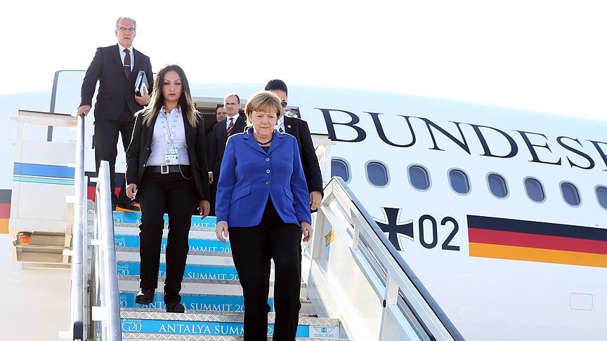 Almanya Başbakanı Merkel Ankara'ya geldi