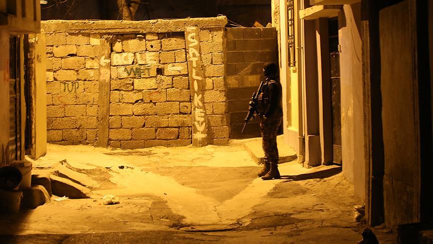 PKK'ya yönelik 30 yere baskın!