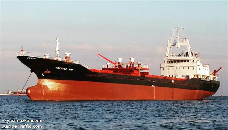 Türk gemiciye Yunan limanında gözaltı