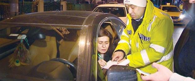 Yıldız Tilbe'ye ehliyet cezası