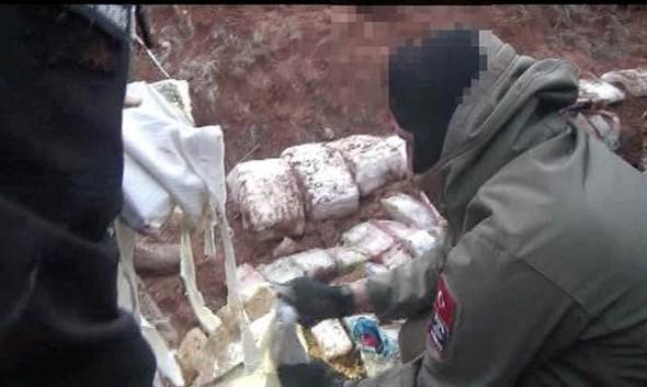 Eylam hazırlığında 150 kilo bomba ile yakalandılar