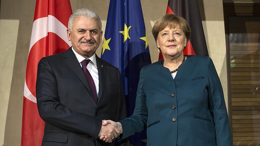 Yıldırım, Merkel ile görüştü