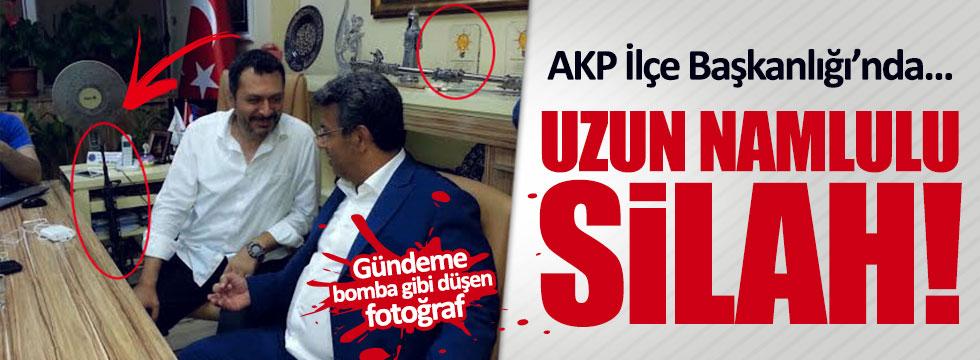 AKP binasında uzun namlulu silah!