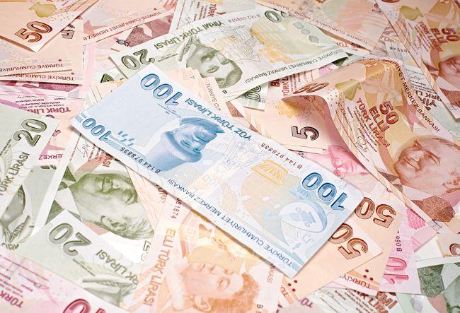 Paradaki imza değişiyor