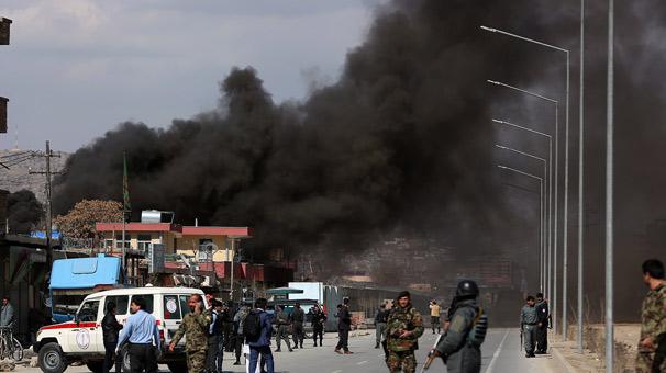 Afganistan'da peş peşe patlama