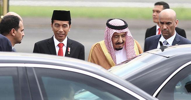 Suudi Kralı'dan 450 tonluk bagaj