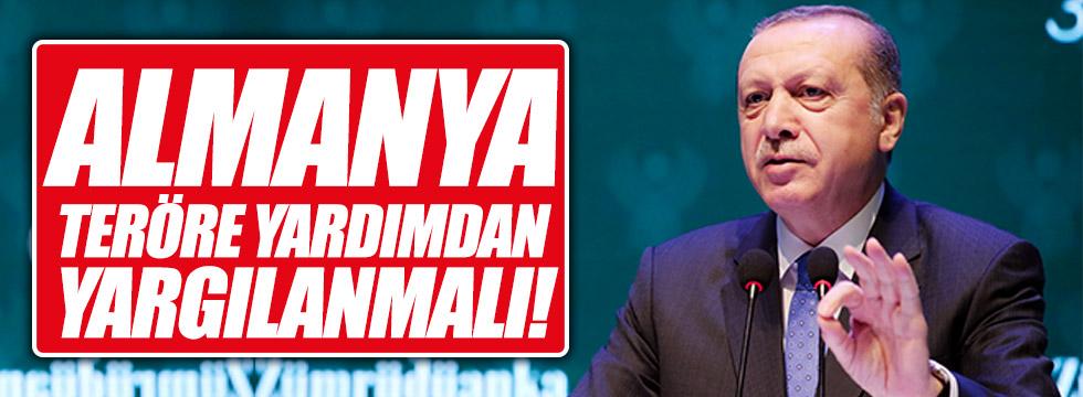 """Erdoğan: """"Bunlar teröre yardımdan yargılanmalı"""""""