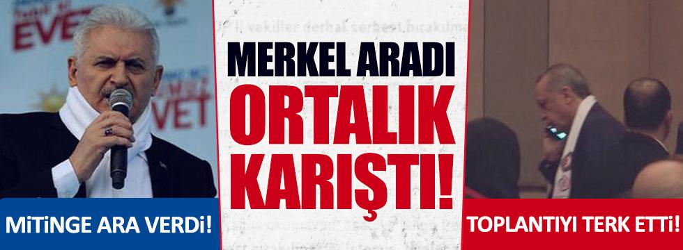 Merkel'den telefon gelince mitinge ara verdi!