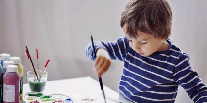 Çocuğunuzun resimlerindeki derin mesajları biliyor musunuz?