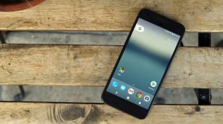 Pixel'den farklı bir Google telefonu geliyor