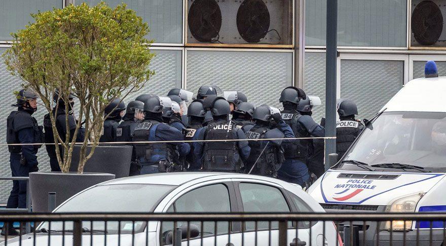 Art arda iki saldırı polis alarmda