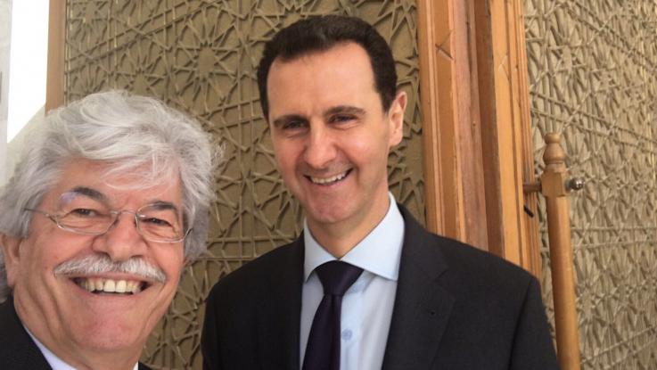 Esad ile selfie çekildi, ortalığı karıştırdı!
