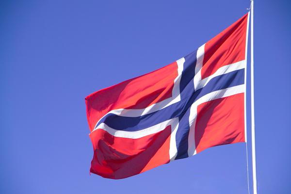 Norveç darbecilere sahip çıktı