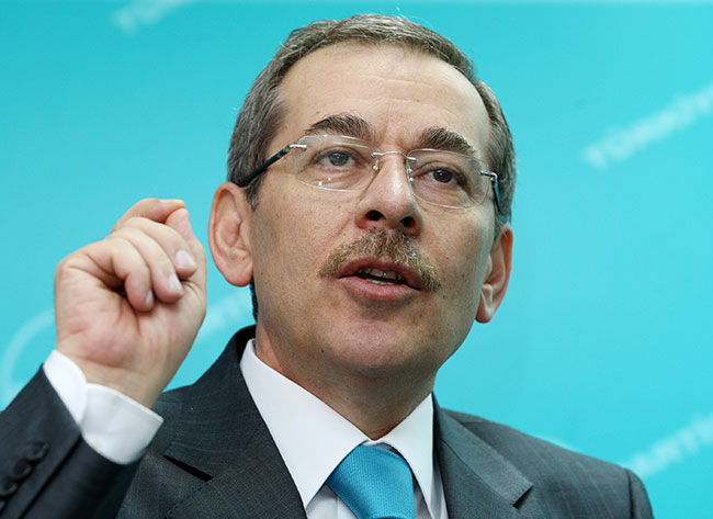 AKP'nin kurucularından Şener: AKP'de önemli kısım 'hayır' diyecek
