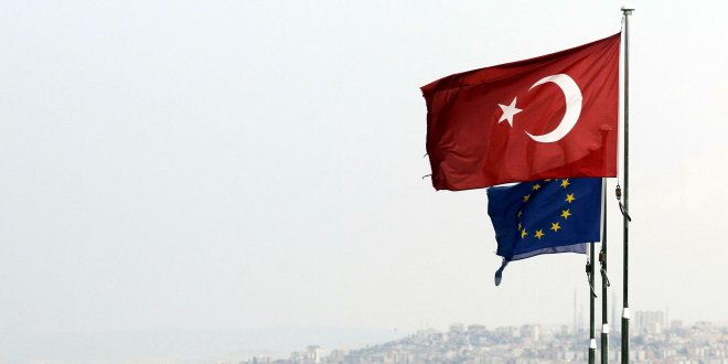 AB Türkiye'ye yardımı kesiyor mu?
