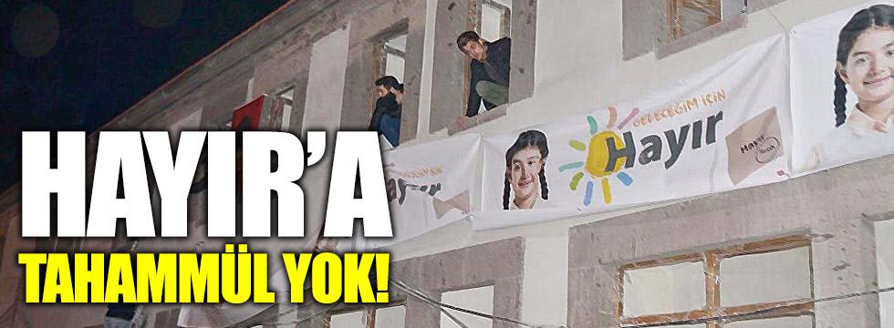 'Hayır' afişlerine AKP engeli!