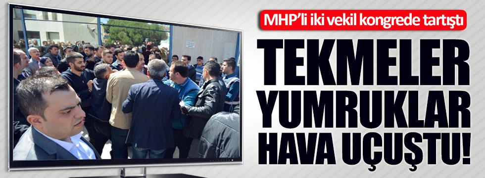 MHP'li iki vekil tartıştı, yumruklar havada uçuştu