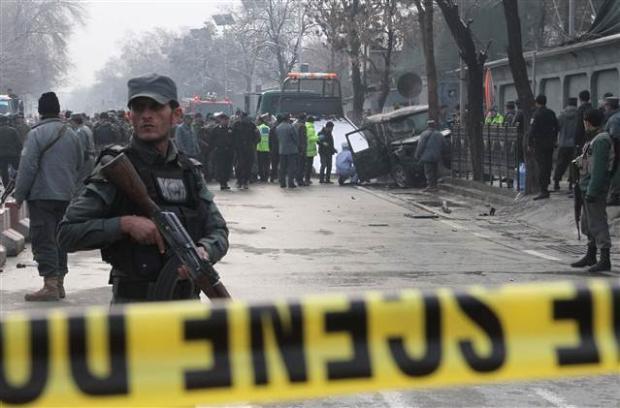 Askeri üsse saldırı: 140 ölü