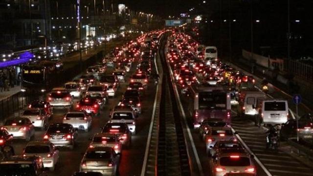 Dizel ve benzinli araçlar yasaklanacak