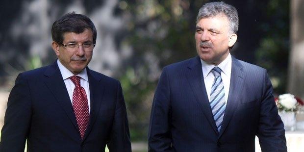 """Dinçer: """"Gül ve Davutoğlu'na haksızlık, yeni partiye sebep olur"""""""