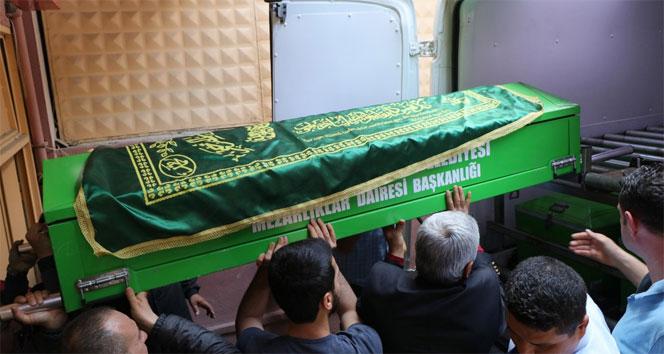 Katliamcının cenazesi ortada kaldı