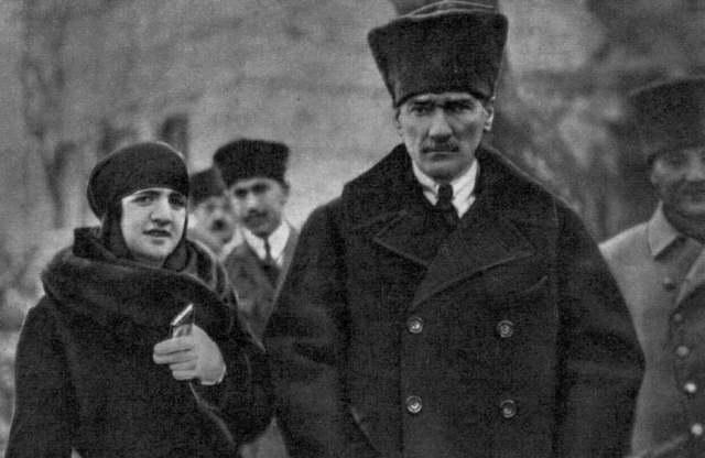 Atatürk'ün Tarih Görüşü (11)