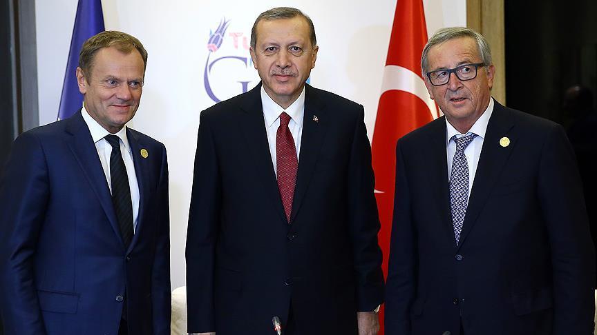 Juncker ve Tusk'la görüşecek