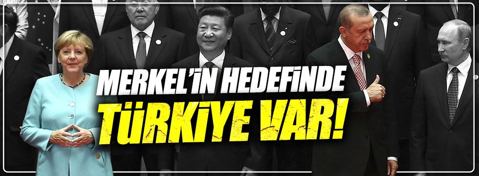 Merkel'in hedefinde Türkiye var