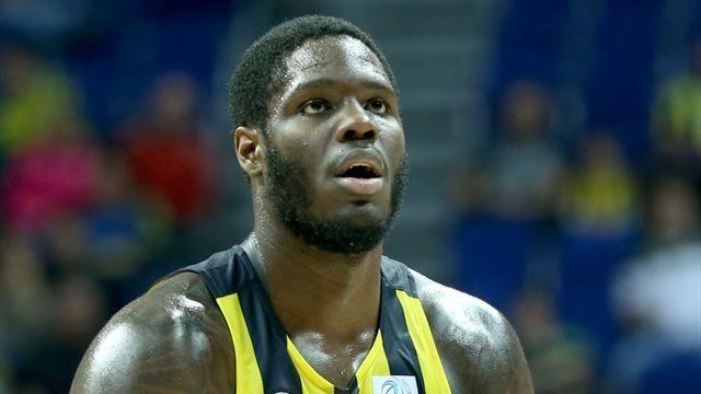 Fenerbahçe Anthony Bennett ile yolları ayırdı