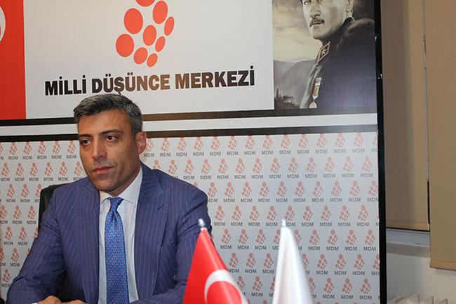 """Öztürk: """"Türkiye'de askerlik yaşında 815 000 Suriyeli var"""""""