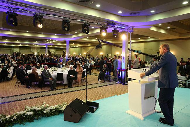 Erdoğan: Hükümet adına özür diliyorum