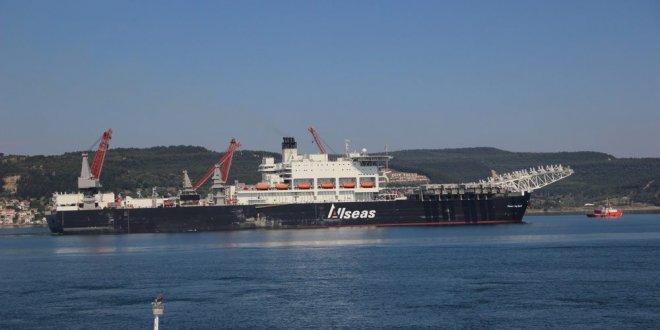 Boğaz gemi trafiğine kapatıldı