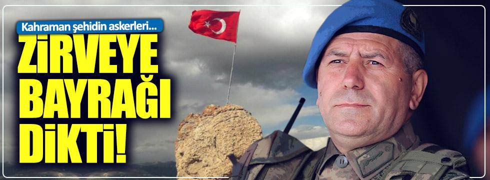 Mehmetçik Kato'ya bayrağı dikti