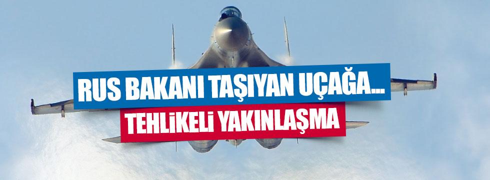 NATO uçağı Rus Bakanın uçağına yaklaştı
