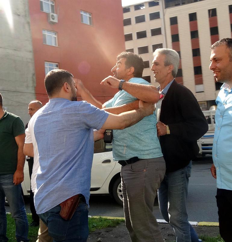 Rize'deki adalet yürüyüşünde provokasyon girişimi