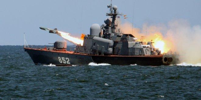 Rusya, Suriye'yi Akdeniz'den vurdu!