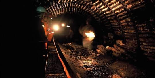 Madende göçük: 8 ölü!