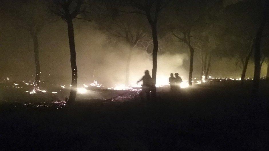 Yangın nedeniyle tatil köyleri boşaltıldı
