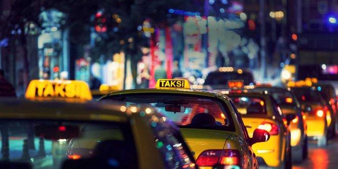 Cezaevinden çıkar çıkmaz taksi çaldı!